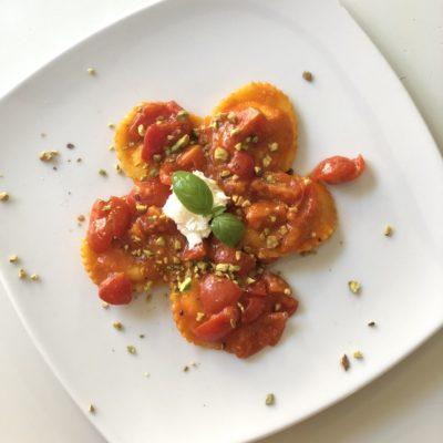 Ravioli bufala e pistacchio